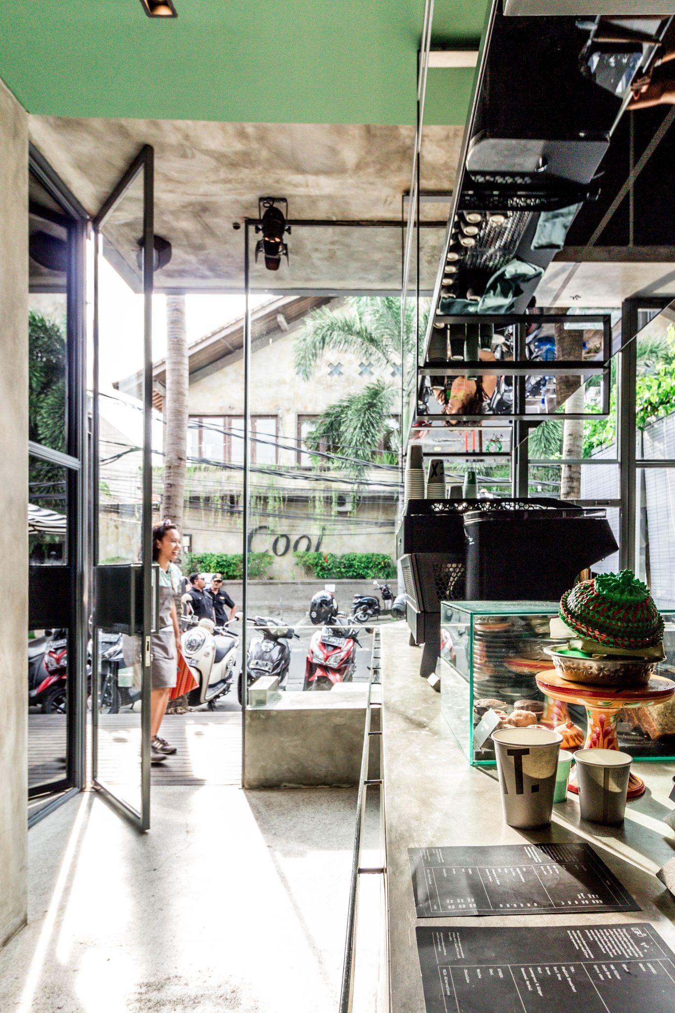 Expat Roasters Bali Interiors