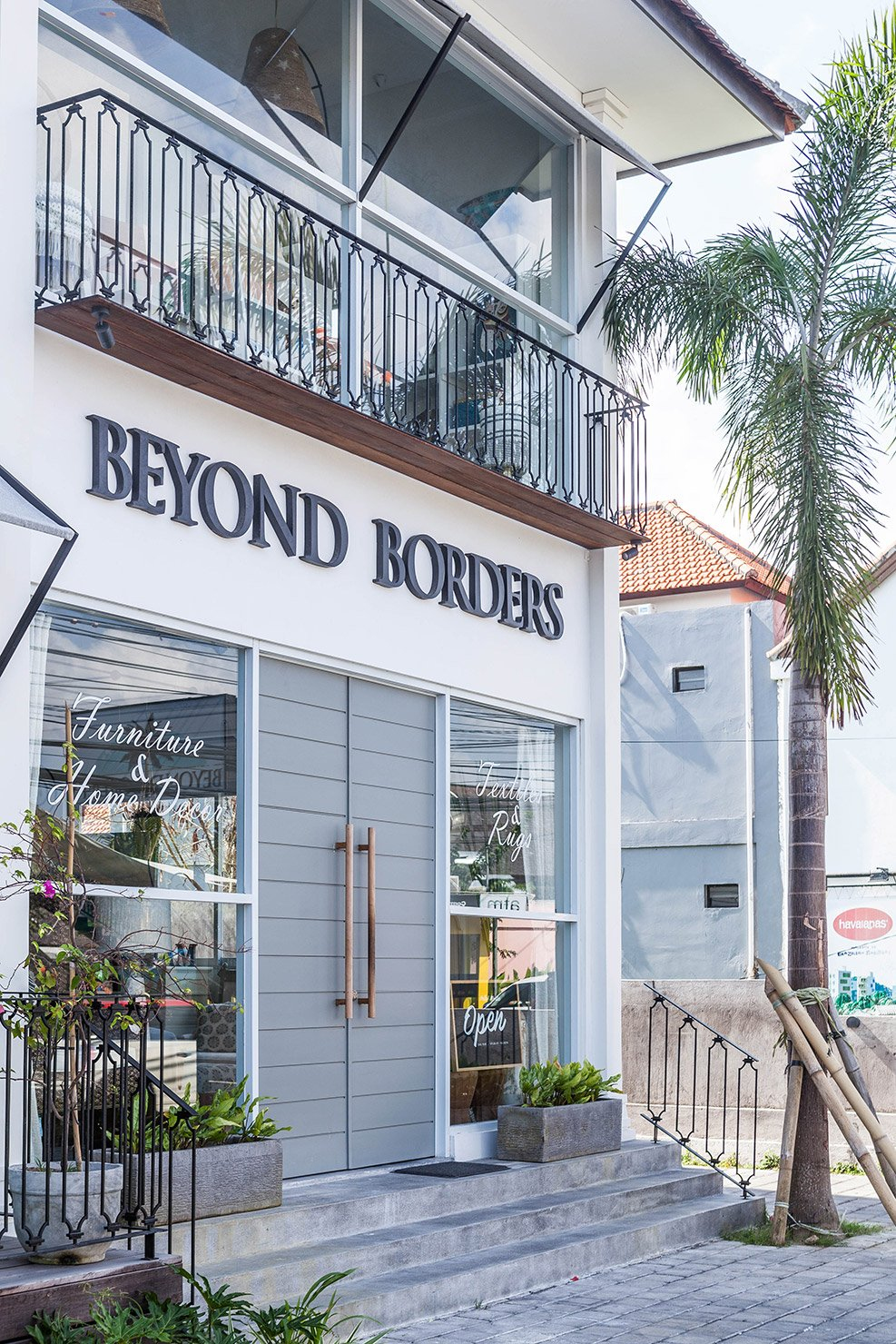 BEYOND BORDERS BALI INTERIORS